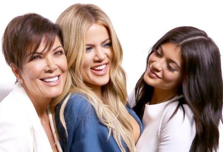 Η Kris Jenner επιβεβαίωσε τις εγκυμοσύνες των Khloe και Kylie