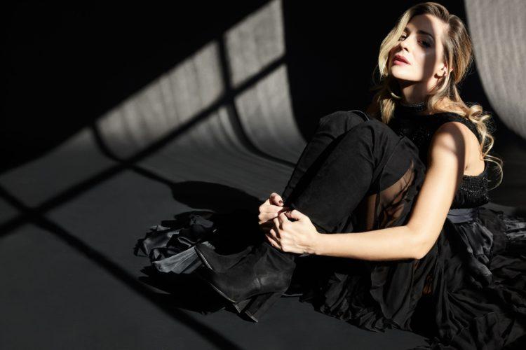 """Nατάσσα Μποφίλιου """"Μπελ Ρεβ"""" // Μία παράσταση των: Θέμη Καραμουρατίδη & Γεράσιμου Ευαγγελάτου // ΔΙΟΓΕΝΗΣ studio"""