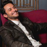"""Ο τραγουδιστής Κωνσταντίνος Φραντζής πήγε διαγωνιζόμενος στο """"The Voice"""""""