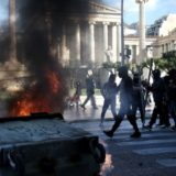 Επεισόδια στη μαθητική πορεία στην Αθήνα για τα εννέα χρόνια από την δολοφονία του Αλέξη Γρηγορόπουλου