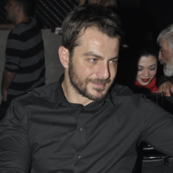 Ο Γιώργος Αγγελόπουλος διασκέδασε στο Fever