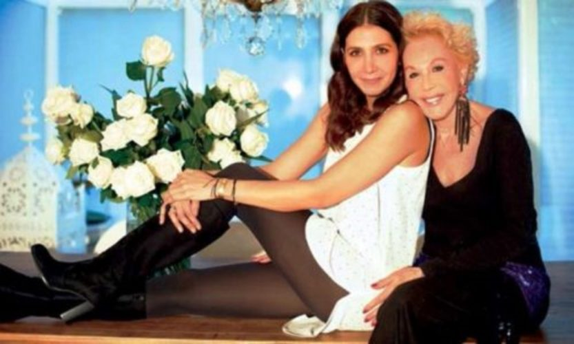 H Μαρία Ελένη Λυκουρέζου αποκαλύπτει για τη Ζωή Λάσκαρη: «Το τελευταίο βράδυ πριν φύγει…»