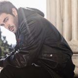 Ο Κώστας Μαρτάκης, παρουσιάζει τo πρώτο του τραγούδι και video clip με την Heaven Music!