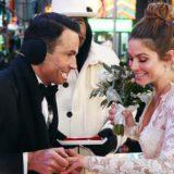 Η Maria Menounos παντρεύτηκε στο κέντρο της Times Square λίγο πριν αλλάξει ο χρόνος