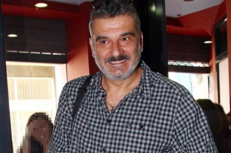 Έλληνας ηθοποιός αποκαλύπτει: To πρώτο μου θεατρικό φιλί ήταν με τον Κώστα Αποστολάκη