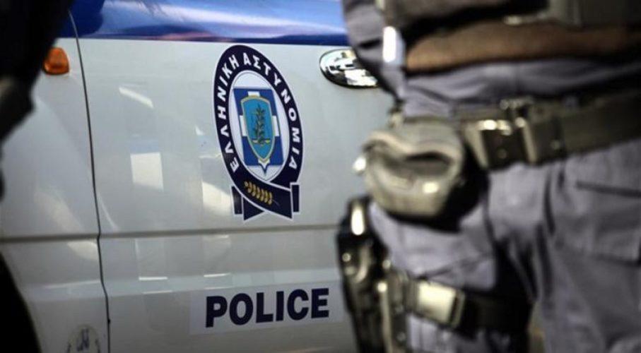 Γνωστός παρουσιαστής συνελήφθη για κλοπή κινητού τηλεφώνου