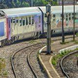 Απευθείας σιδηροδρομική σύνδεση του Πειραιά με το Αεροδρόμιο