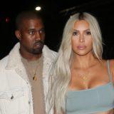 Δειτε το περίεργο όνομα που θα πάρει το τρίτο παιδί της Kim Kardashian και του Kanye West