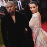 Η Kim Kardashian και ο Kanye West έγιναν για τρίτη φορά γονείς!