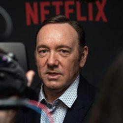 Τεντ Σαράντος: Ο Έλληνας του Netflix που «καθάρισε» τον Κέβιν Σπέϊσι