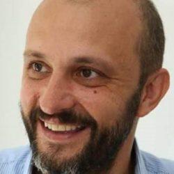 Έφυγε στα 47 του ο δημοσιογράφος Νίκος Τσίτσας!