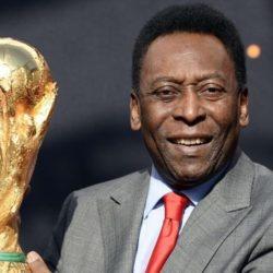 Ο Pelé έκανε εγχείρηση για αφαίρεση όγκου από το παχύ έντερο