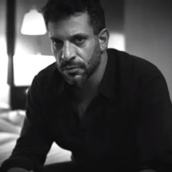 Decho - Νέο τραγούδι και ανατρεπτικό νέο video clip - Η Ίδια Ζάλη
