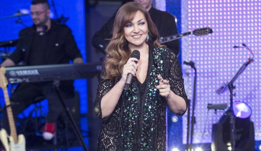Η Καίτη Γαρμπή «σπάει τους δείκτες» με νέο single