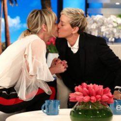 Η σύζυγός της Ellen DeGeneres την έκανε να κλάψει δίνοντάς της το καλύτερο δώρο γενεθλίων