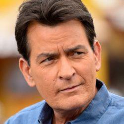 Ο Charlie Sheen κατηγορείται για δολοφονία