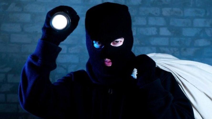 Νέα μόδα από τους κλέφτες - Μπούκαραν σε 12 θεατρικές σκηνές και έναν μουσικό χώρο μέσα σε έναν μήνα