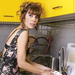 Μυρτώ Αλικάκη: Μπήκε στη κουζίνα και έκανε πίτα με κοτόπουλο και τυρί! Δείτε την πανεύκολη συνταγή
