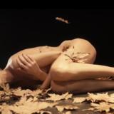 Τάμτα: Ολόγυμνη στο νέο της video clip για το τραγούδι «Πες μου αν τολμάς»!