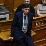 Ο Γεράσιμος Σκιαδαρέσης ανέβασε θεατρική παράσταση μέσα στη Βουλή