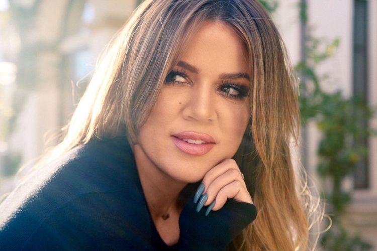 Η Khloe Kardashian αποκάλυψε το φύλο του μωρού που περιμένει