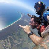 Στον παράδεισο των Surfer, την Καλιφόρνια της Αυστραλίας