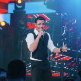 Πέτρος Ιακωβίδης: Σαρώνει η νέα του επιτυχία «Γέλα Μου»