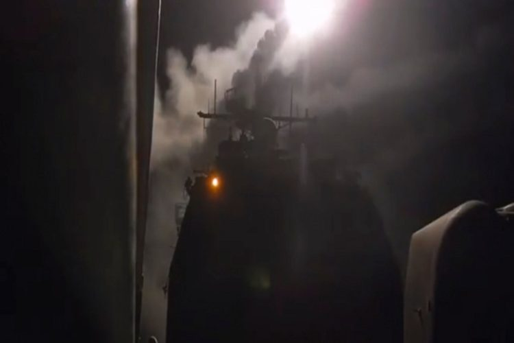 Live: Πυραυλική επίθεση κατά της Συρίας από ΗΠΑ, Γαλλία και Βρετανία – «Θα υπάρξουν συνέπειες» απαντά η Ρωσία