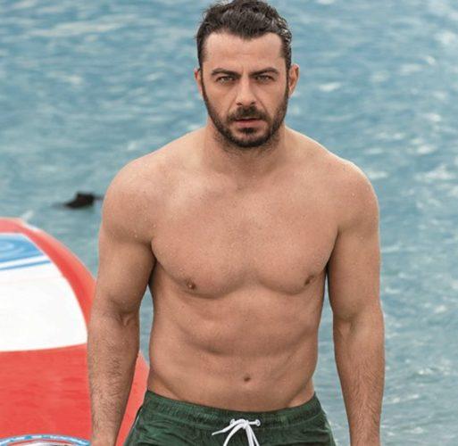 Γιώργος Αγγελόπουλος: Ακραίες οι εκδηλώσεις αγάπης από fans, από γυμνές φωτογραφίες μέχρι εμμονικά μηνύματα!