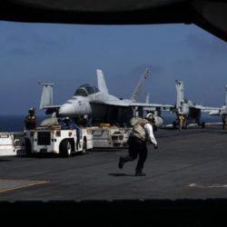 Τύμπανα πολέμου στη Συρία: Το οπλοστάσιο του Τραμπ και ο «ατσάλινος κλοιός» των ρωσικών S-400