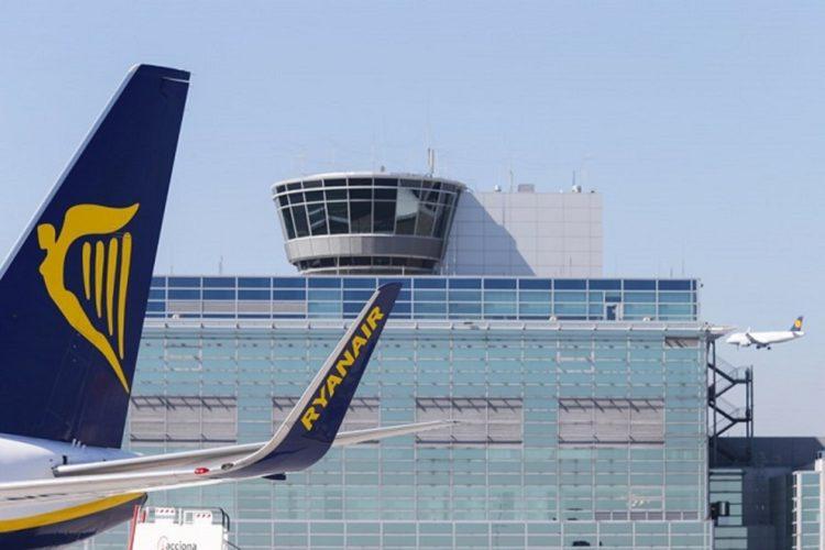 Τι είναι αυτό που «πονάει» τη Ryanair στην Ελλάδα και ακυρώνει δρομολόγια