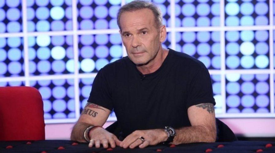 Δείτε τον Πέτρο Κωστόπουλο να ποζάρει στο πλευρό της Jennifer Lopez