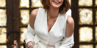 «Ξημερώνει Κυριακή»: Το νέο Album της Μελίνας Ασλανίδου – Σε τραγούδια Μίμη Πλέσσα