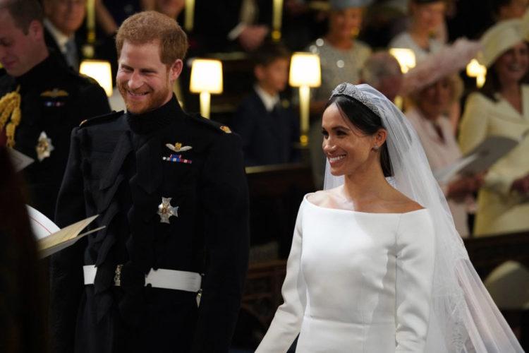 Δείτε τις επίσημες φωτογραφίες από το γάμο του Harry και της Meghan Markle και την ανακοίνωση του ζευγαριού
