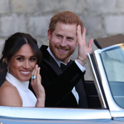 Ο πρίγκιπας Harry και η Meghan Markle επιστρέφουν γαμήλια δώρα αξίας 8 εκατομμύρια ευρώ