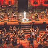 Η Ελευθερία Αρβανιτάκη βρέθηκε «Την ίδια στιγμή» στη σκηνή του κατάμεστου Ηρωδείου με τους εκπληκτικούς ΤΑΚΙΜ και το αποτέλεσμα ήταν μοναδικό!