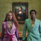 Η Beyonce και ο Jay-Z, τραγουδούν με φόντο την Αφροδίτη της Μήλου και τη Νίκη της Σαμοθράκης