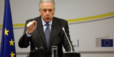 Αβραμόπουλος για μεταναστευτικό: Είναι η ώρα για κοινές ευρωπαϊκές λύσεις