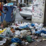 """Τα σκουπίδια """"πνίγουν"""" την Αθήνα: Λουκέτο στον ΧΥΤΑ Φυλής"""