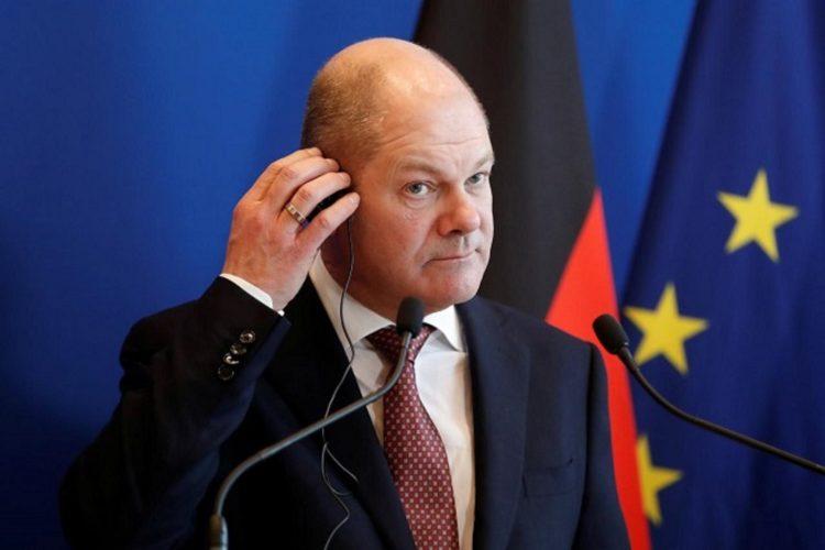 Σολτς: Η Ελλάδα θα σταθεί σύντομα πάλι στα πόδια της – To ευρώ διασφαλίζει το μέλλον στην Ευρώπη