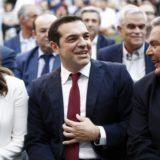 Με γραβάτα ο Αλέξης Τσίπρας ανακοίνωσε τα αποτελέσματα της απόφασης του Eurogroup για την Ελλάδα
