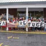 Ο Τραμπ σταματά να χωρίζει τις οικογένειες μεταναστών, αλλά συνεχίζει την πολιτική «μηδενικής ανοχής»
