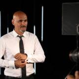 Ο Δημήτρης Σκουλός εξηγεί το λόγο που οι άντρες μοντέλα δεν κάνουν καριέρα στην Ελλάδα