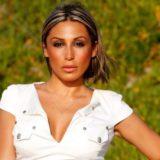 Μαρία Καρλάκη: Τραγουδάει το «Αυτό τον κόσμο τον καλό» του Σταύρου Ξαρχάκου