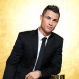 O Cristiano Ronaldo υπέγραψε το νέο του συμβόλαιο, στην Καλαμάτα