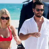 O πρώην της Kourtney Kardashian, Scott Disick με την 19χρονη σύντροφο του κάνουν διακοπές στη Μύκονο