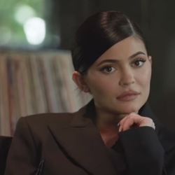 Η Kylie Jenner δωρίζει 1 εκατ. δολάρια σε νοσοκομεία του Los Angeles!