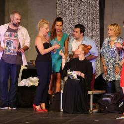 Η Πηνελόπη Αναστασοπούλου σταματάει την θεατρική περιοδεία για να γεννήσει