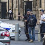 Επίθεση με μαχαίρι στο Παρίσι: Δύο νεκροί και δύο τραυματίες