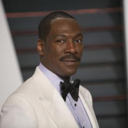Eddie Murphy: «Συζητώ μαζί του στον Λευκό Οίκο και ξαφνικά να με ρωτάει: Τι χρωμοσαμπουάν χρησιμοποιείς;»